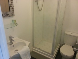 City Park Twin Room with En-suite -5